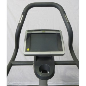 technogym-step-excite-700-tv-stepper